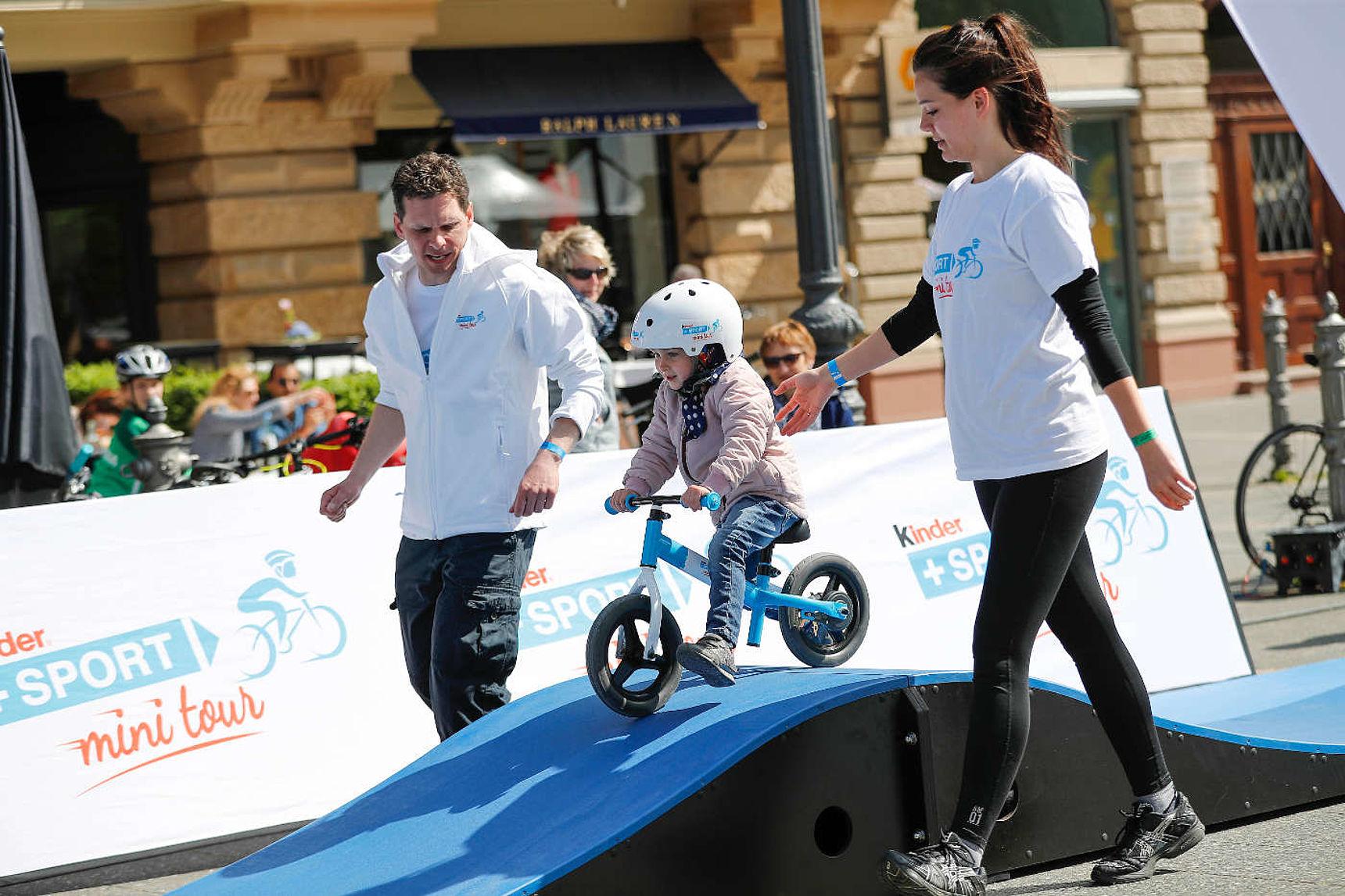 kinder+Sport mini tour Fahrrad-Erlebniswelt nah