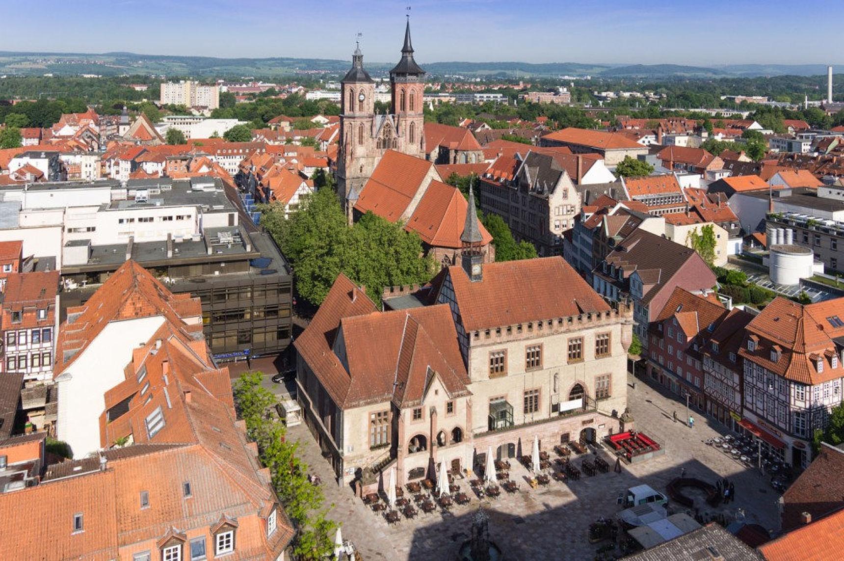 Altes Rathaus und Marktplatz